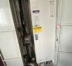 パイプスペース内200L電気温水器取替工事